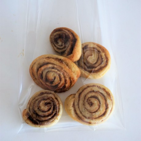 A pack of rolls