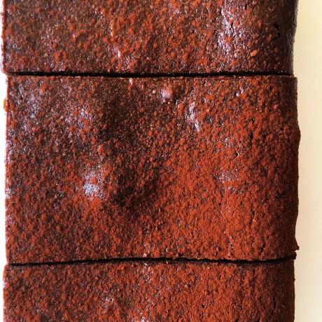 Madagascan Chocolate Brownies – Serves 10 (Gluten Free)