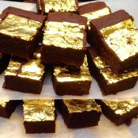 23ct Gold Brownies – Serves 10 (Gluten Free)