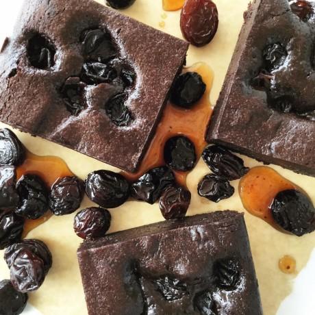 Rum & Raisin Brownies – Serves 10 (Gluten Free)