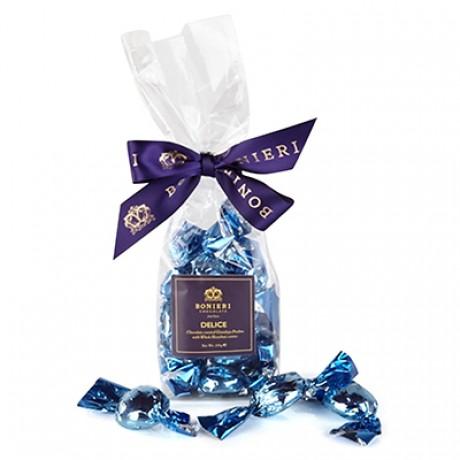 Delice praline in ribboned bag