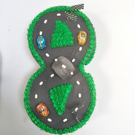 The Race Track Cake Kit