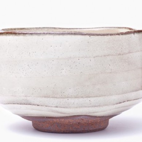 Beautiful creamy tone of the handmade Chawan.
