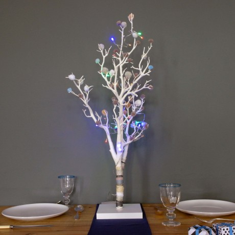 Nautral Tree with Lights