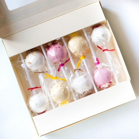 Gift Box of 8 Heavenly Desserts Cake Pops