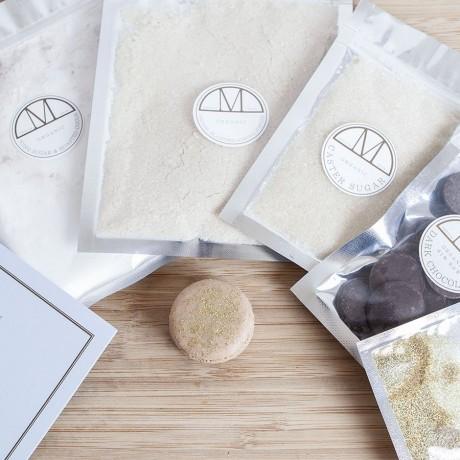 Mini Kit Dark Chocolate Macarons