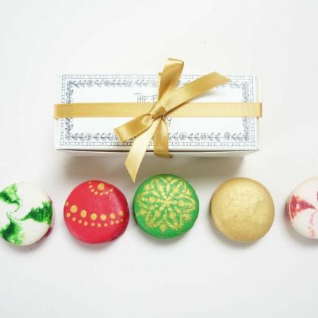 Alcoholic Christmas Macarons Box of 5