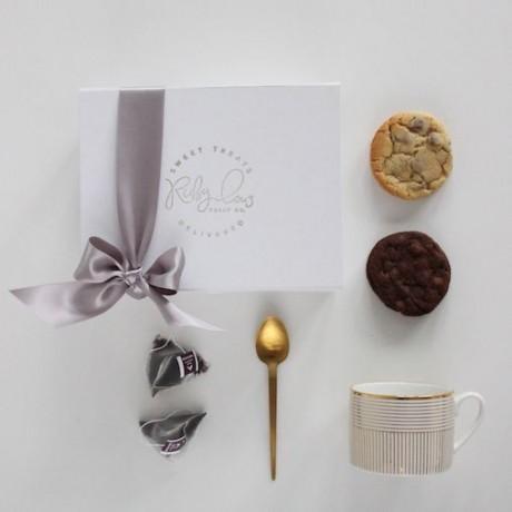 Tea and Cookies Gift Box