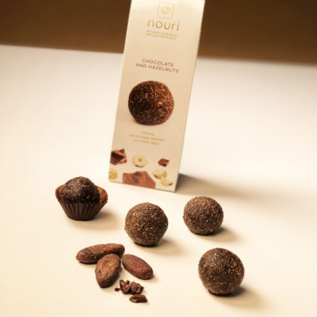 Vegan Healthy Balls Chocolate & Hazelnuts
