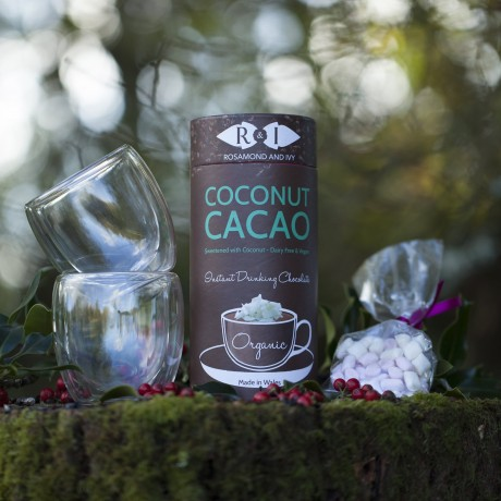 Coconut Cacao Dairy Free Drinking Chocolate & Hand-Blown Drinking Glasses Gift Set