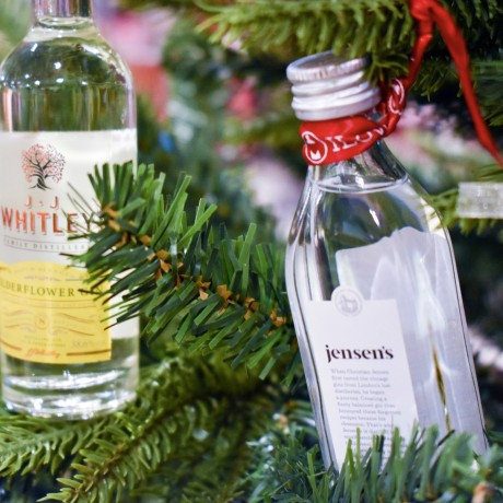 The 12 Gins of Christmas Bauble and British Gin Tasting Set