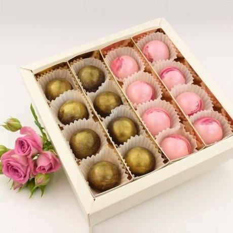 Champagne Bonbon Chocolate Box
