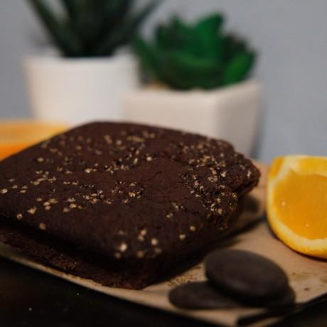 Vegan chocolate orange cakes. Just 50 calories each!