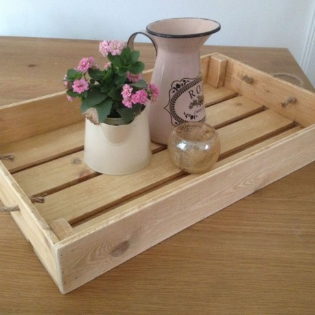 A tray shown in the light oak colour option (note: our trays no longer have gaps in the base as shown above)