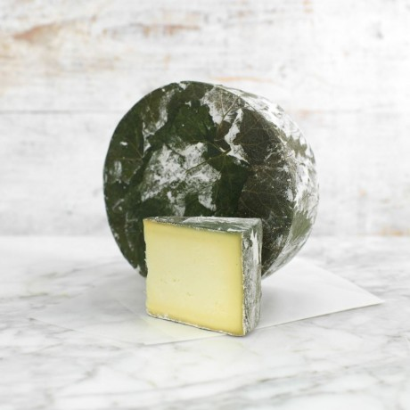 Cornish Yarg Nettle Wrapped Cheese