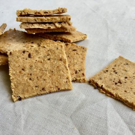 Paleo Flaxseed Crackers