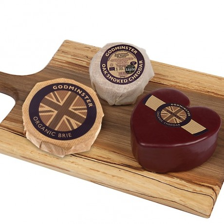 Selection with the heart-shaped vintage organic cheddar