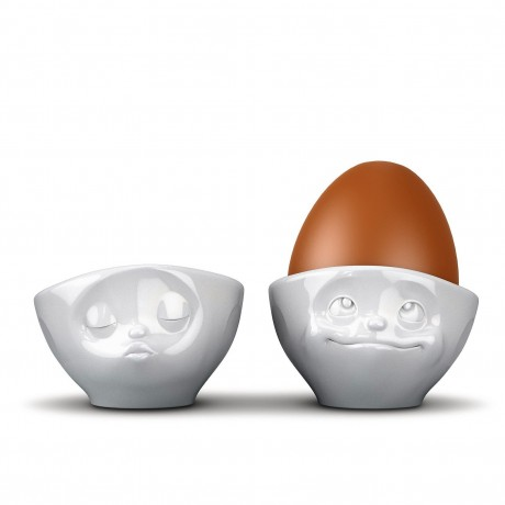 2 Kissing and Dreamy Egg Cups