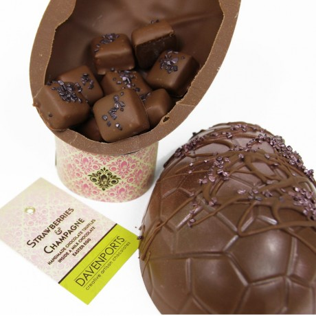 Strawberry & Champagne Limited Edition Egg