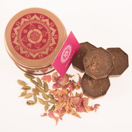 Love Rose And Cardamom Oat Delights