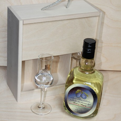 3 Years Aged Palinka in a Wooden Box with two tulip glasses