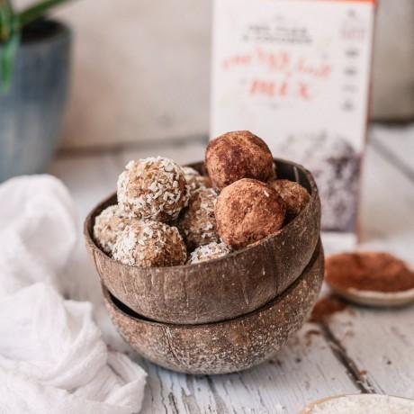 Oat, Coconut & Flax Energy Ball Mix