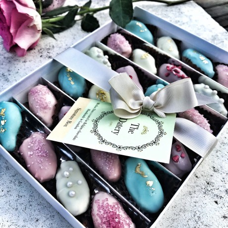 Chocolate Date Summer Gift Box