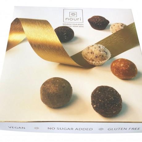Luxury box of 16 healthy balls
