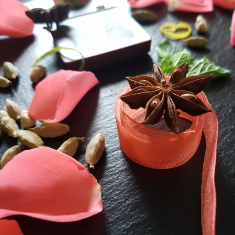 Raw Chocolate Wedding Favours