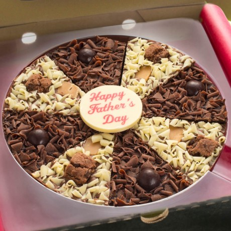 Close up of Father's Day Chocolate Pizza