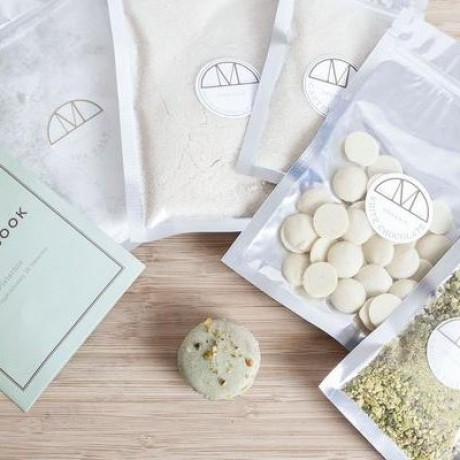 Pistachio Macarons Mini Kit Vegan- Makes 24 Macarons
