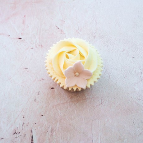 Petunia Swirl Flower Cupcakes by Post Gift