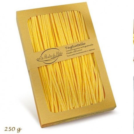 egg tagliatelle pasta
