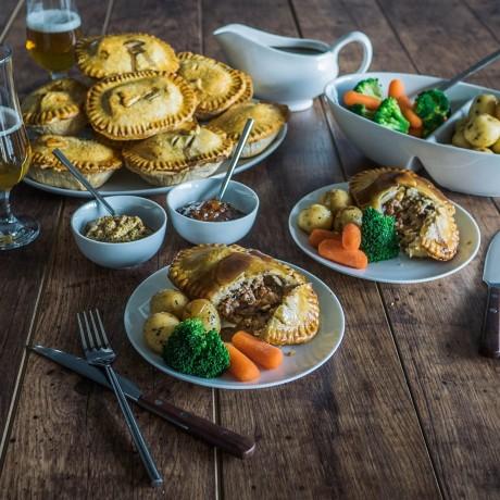 12 Piece British Classic Beef Pie Collection