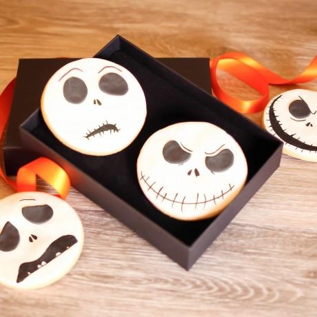 Stunning Halloween Gift Box - Skeleton Face Biscuits