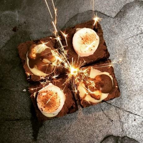 Bonfire Brownie Box