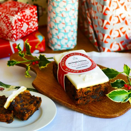 Simply Delicious Cake Co - Handmade Christmas Cake