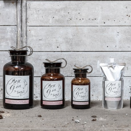 Tinkture Organic Rose Gin family