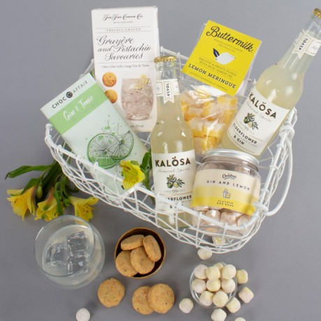 Gin And Treats Gift Hamper