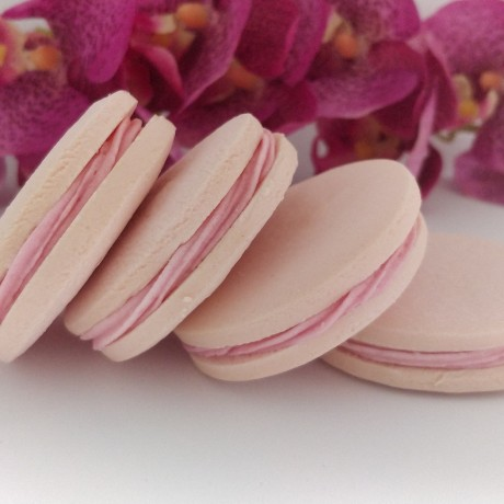 Gluten Free Raspberry & White Chocolate Alfajores