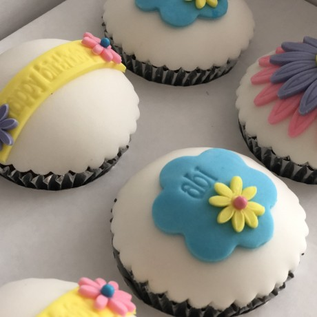 Personalised Message Flower Cupcake Gift Box