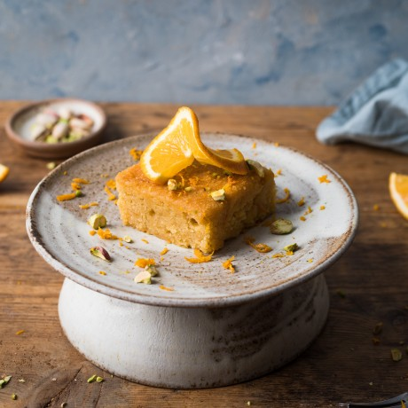 orange and pistachio polenta cake ( serving suggestion)
