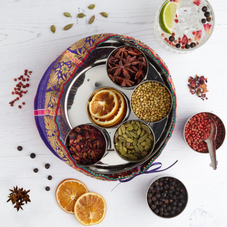 Gin Botanicals Tin with 7 Botanicals