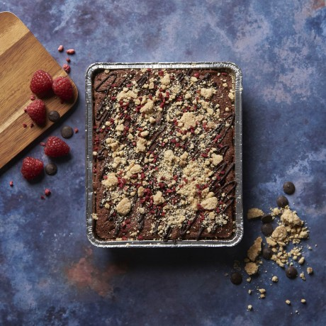 Chocolate and Raspberry Crumble Cake