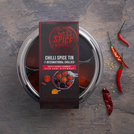 International Chilli Collection with 7 Chillies & Storage Tin