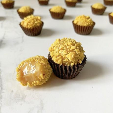 Salted caramel & honeycomb