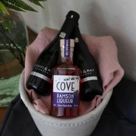 Cove Royale Cocktail Kit Gift Set