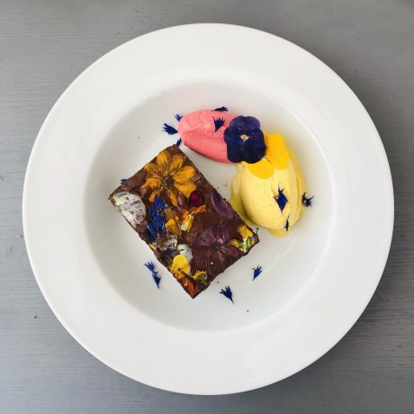 Hot Floral Brownie