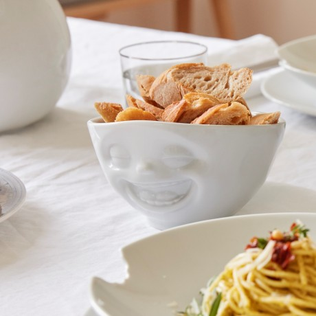 'Laughing' 500ml white Porcelain Bowl on table