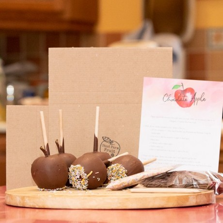 Postal D.I.Y./Make your own Chocolate Apple Kit. Halloween; Bonfire Night; making your own wedding or party favours